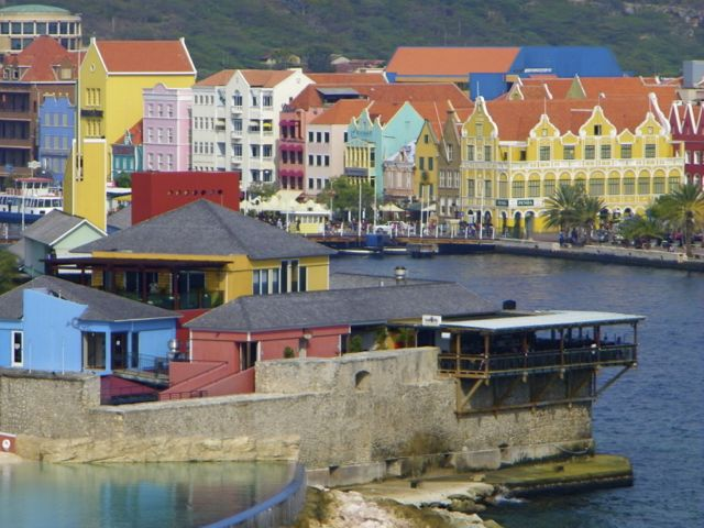 Curacao, Perfect Blend of TwoWorlds