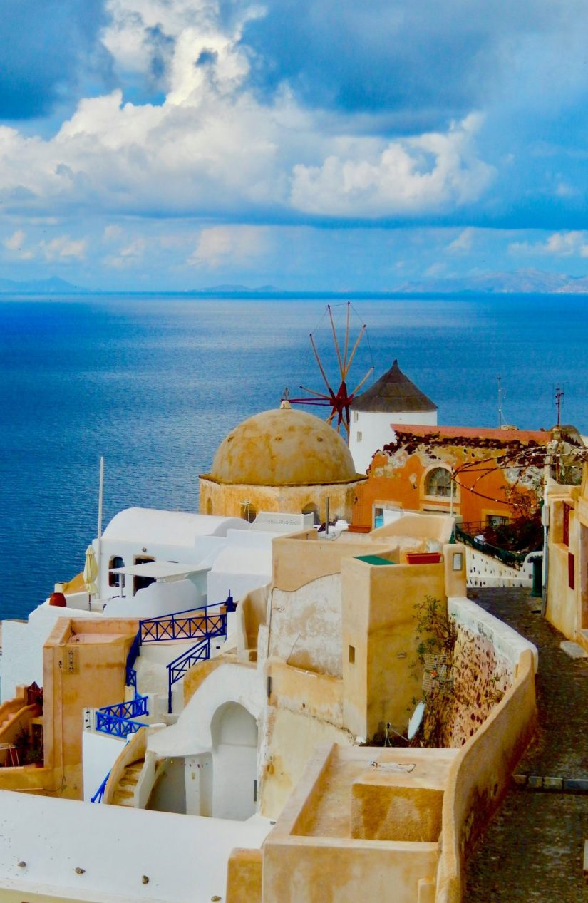 beautiful town of Fira looking out to sea