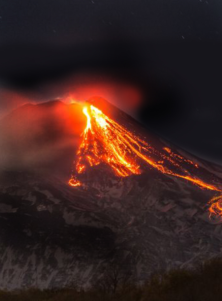 Mount Etna puts on a show.